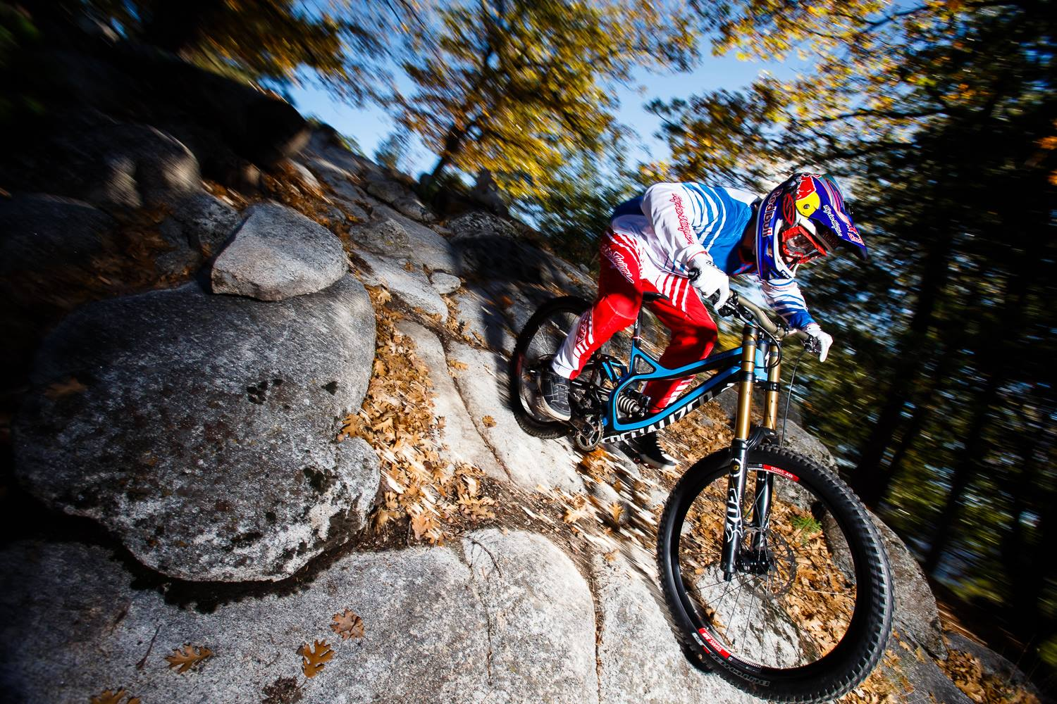 Our fearless downhiller continued on, despite the fact that he was riding directly on the rim – his tire flapping behind his bike. The commentators prayed his wheels wouldn't lock up and the crowd went wild. Gwin may not have won the cup, but the charismatic American held his bike up at the finish and won the hearts of the crowd. You see – his career had been going downhill for some time now…